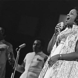 Music Friday: Gladys Knight Laments, 'You're Like a Diamond But She Treats You Like Glass' in 1970's 'If I Were Your Woman'